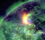 "This January 19, 2012 image provided by NASA shows an M3.2 solar flare captured by the Solar Dynamics Observatory (SDO). An earth-directed coronal mass ejection was associated with the solar flare. NASA's Space Weather Services estimated that it traveled at over 630 miles per second and reached the Earth on January 21, when strong geomagnetic storms and aurora were observed. AFP PHOTO/HANDOUT/ NASA/SDO      = RESTRICTED TO EDITORIAL USE - MANDATORY CREDIT "" AFP PHOTO / NASA/SDO  "" - NO MARKETING NO ADVERTISING CAMPAIGNS - DISTRIBUTED AS A SERVICE TO CLIENTS = (Photo credit should read HO/AFP/Getty Images)"